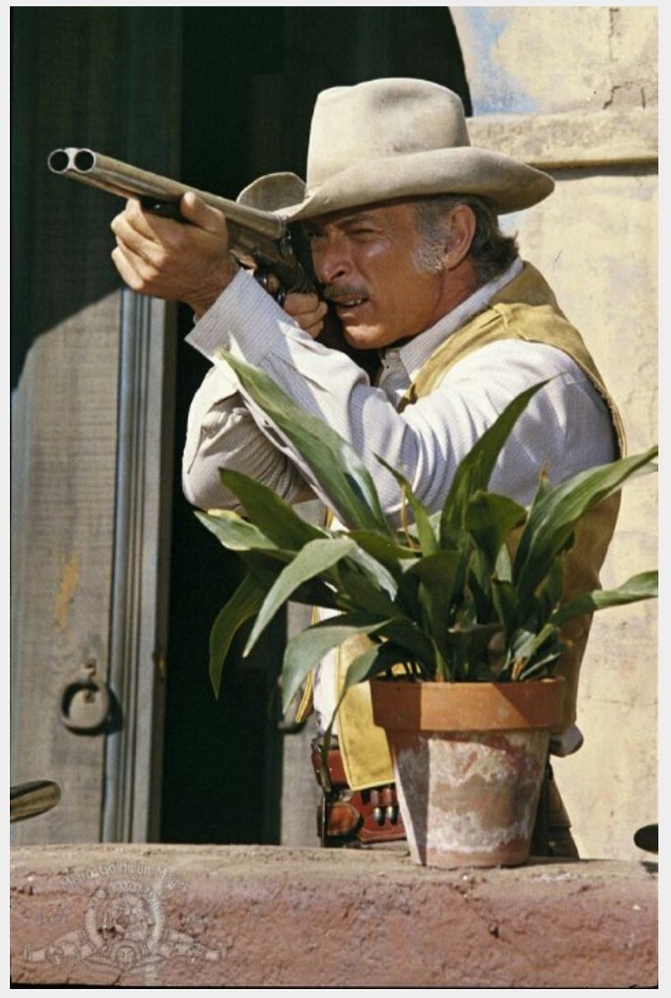 The 25+ best Lee van cleef ideas on Pinterest | The bad, Eli film ...