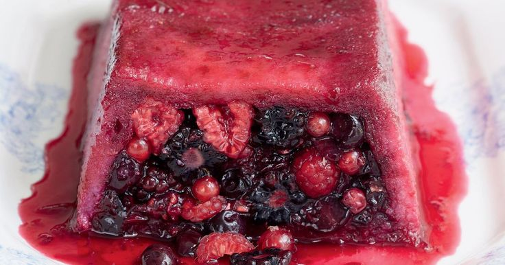 Summer pudding loaf from Mary Berry Cooks. This splendid take on the timeless summer pudding can be made with blueberries, blackcurrants and raspberries.