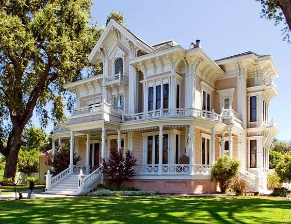 This home is incredible-- the Gable Mansion in Woodland, CA...so, when do I move in?