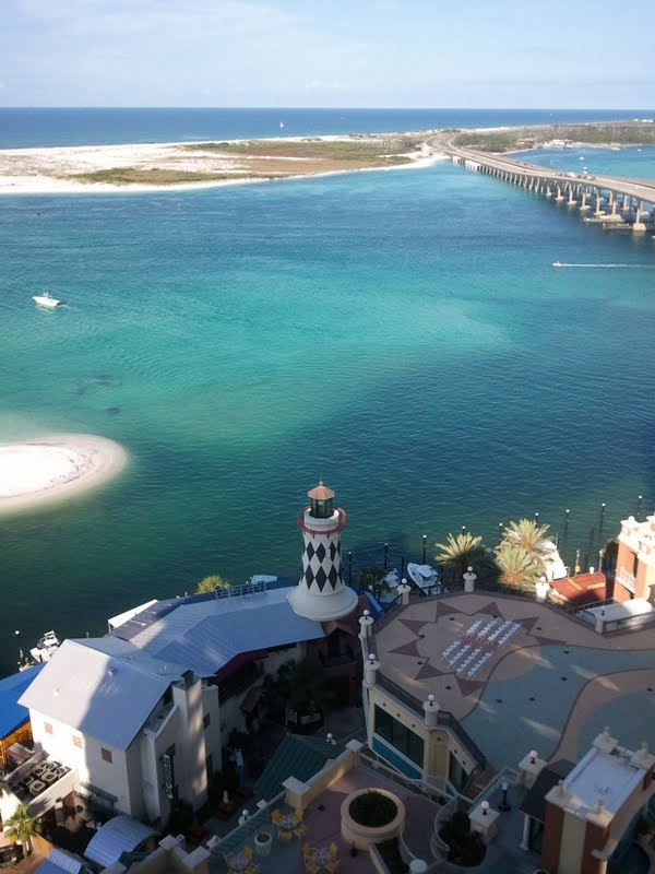 So fortunate to be from the 850, and call destin my home. Growing up on the beach was such a neat experience, thankful for when we have children one day they can spend summers at the beach with my parents :)
