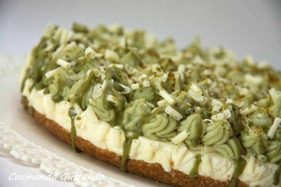La Cheesecake pistacchio cioccolato bianco senza è un dessert troppo buono dal sapore delicato raffinato e molto particolare.Non richiede cottura