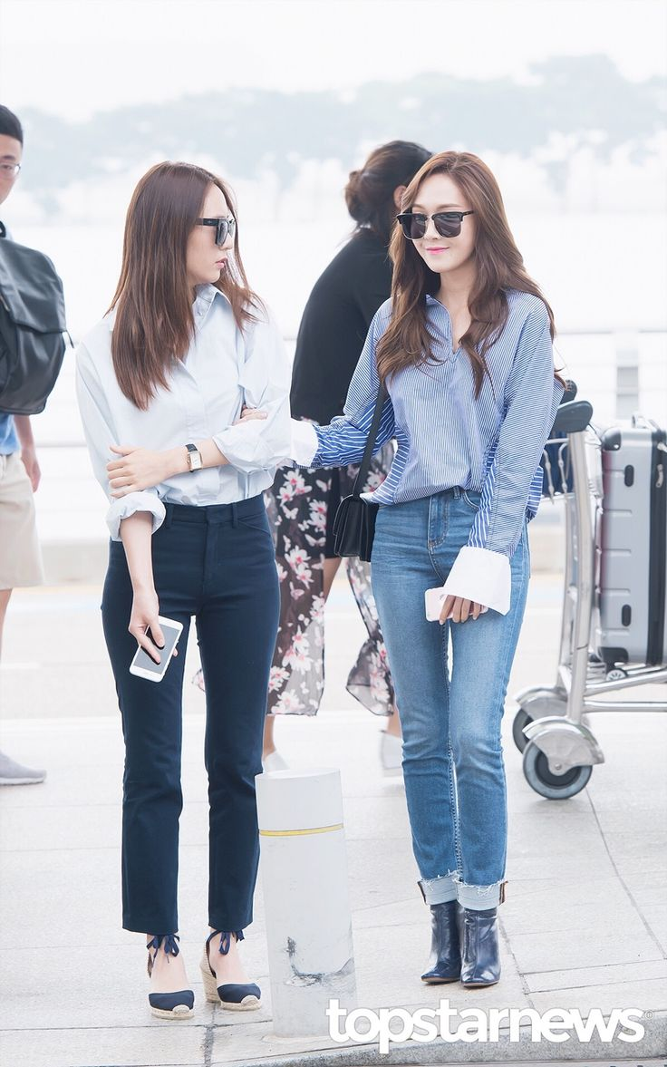 Snsd Jessica Jung f(x) Krystal Jung airport fashion style ...