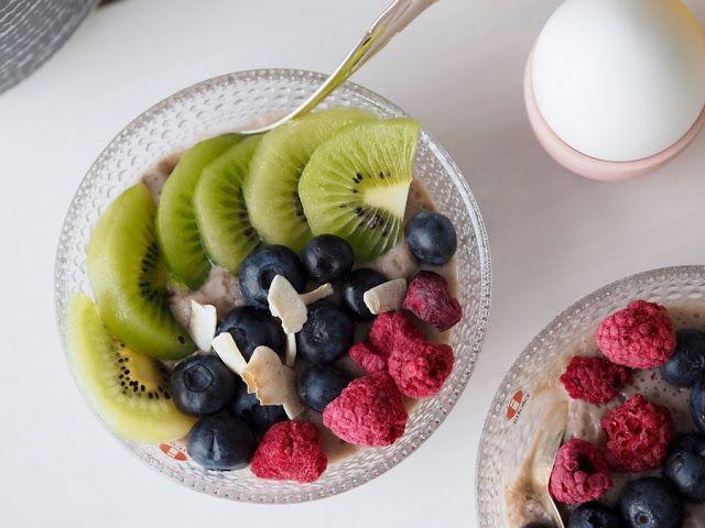 Strawberry Chia Budding by Makuja kotoa