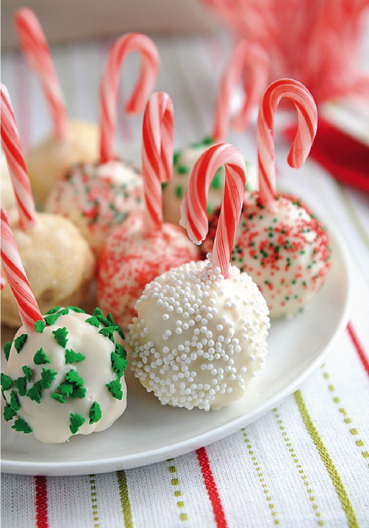 You simply can't beat this cold-weather treat. These Peppermint Rice Krispies® Snowballs not only include a candy cane stick, but also an assortment of festive holiday sprinkles, which make this easy no-bake recipe a sure-fire hit with your winter house guests!