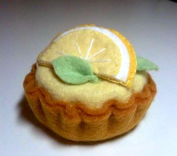 Felt Food Mini Lemon Tart ............................................................. by AnnieCarvalhoArt   Etsy