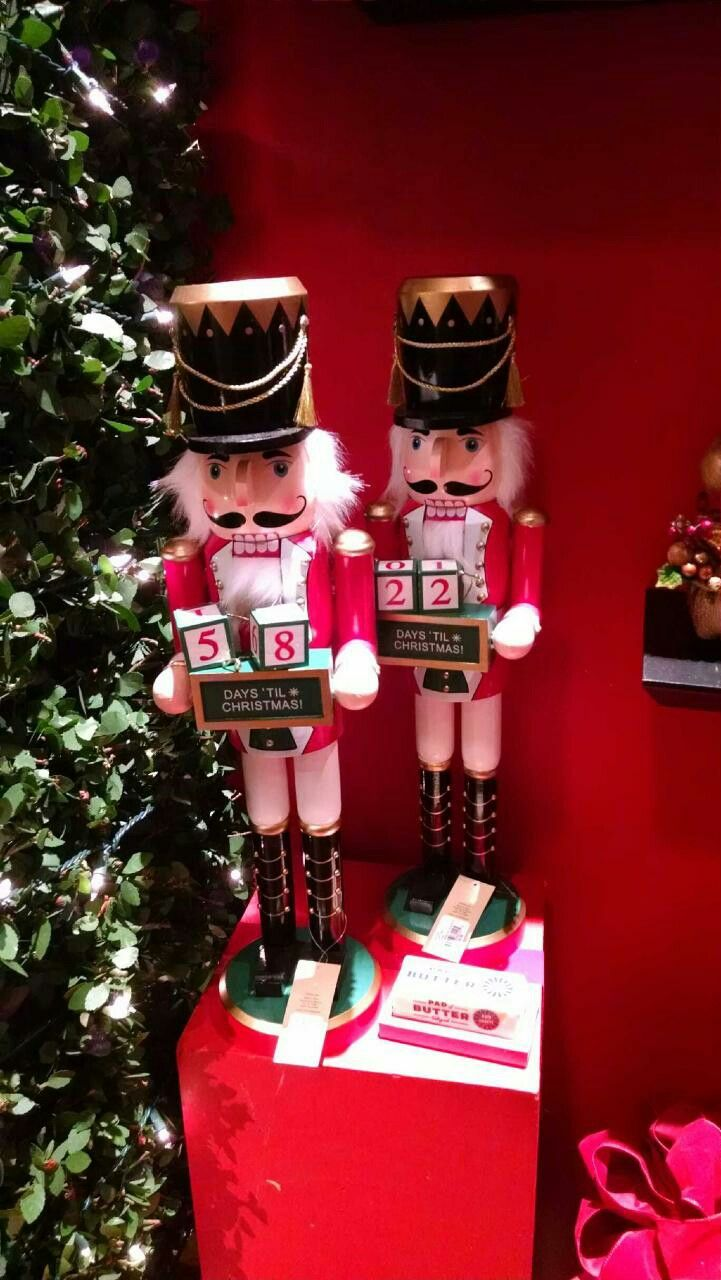 6035 best nutcrackers cascanueces images on pinterest for 4 foot nutcracker decoration
