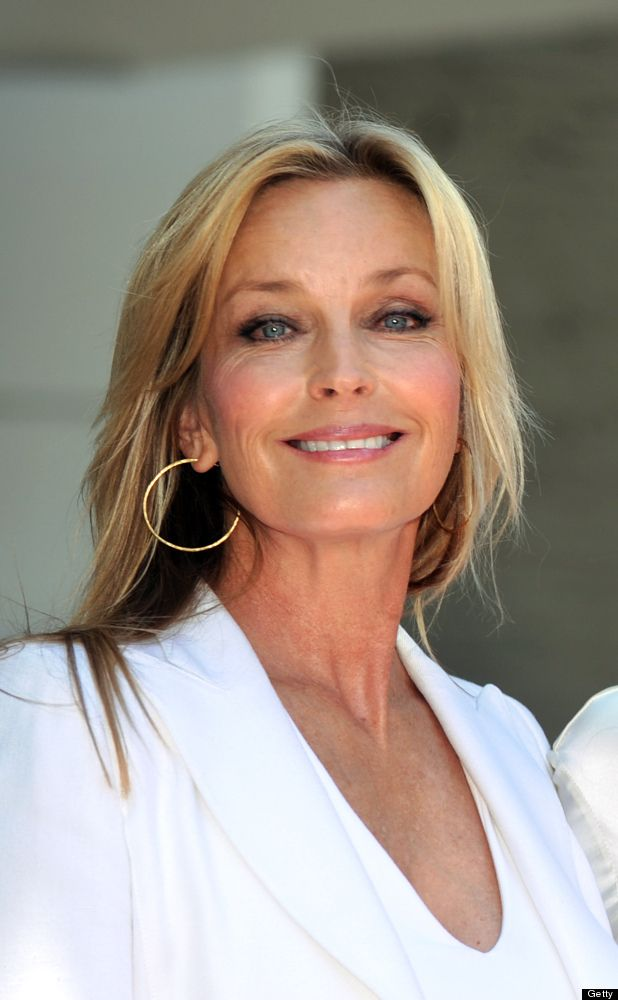 U DONT HAVE TO BE INVISIBLE LOOK AT BO DEREK Bo Derek - still a 10!