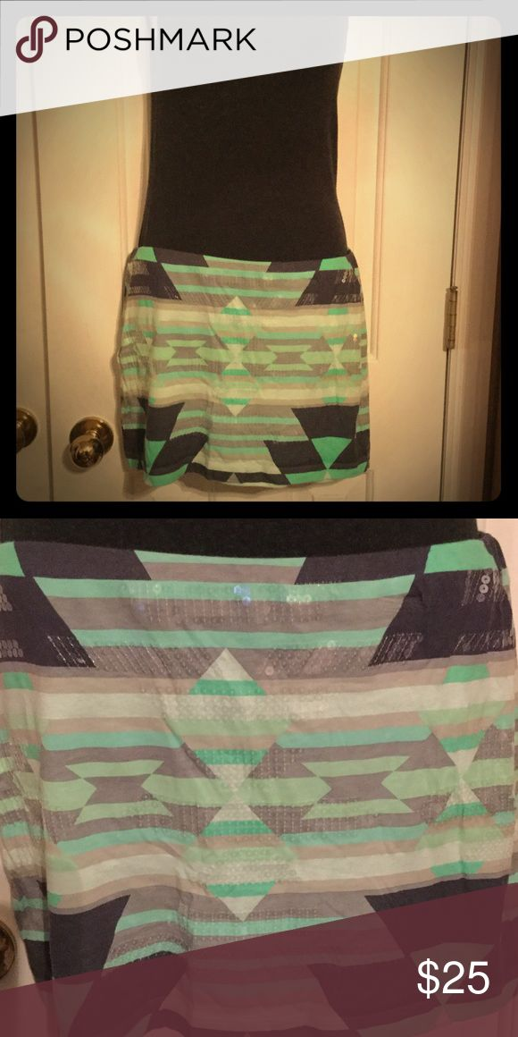 Express Aztec Sequin skirt mint sz S EUC. Only worn a couple times. No missing sequins from what I can tell.  🚭Smoke free home 🚫NO TRADES. Ask any questions before buying. Thank you 😁 Express Skirts Mini