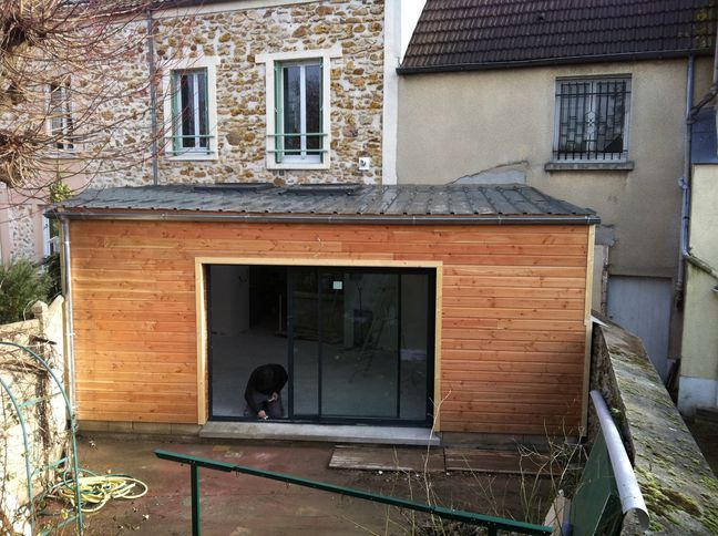 Construction agrandissement maison bois à Draveil, bardage douglas