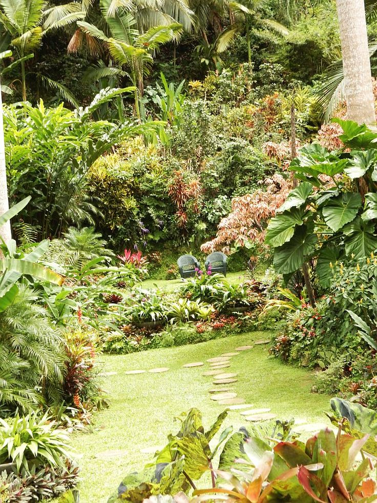 Step into the magical world of Hunte's Gardens in Barbados and be transported to a tropical paradise!