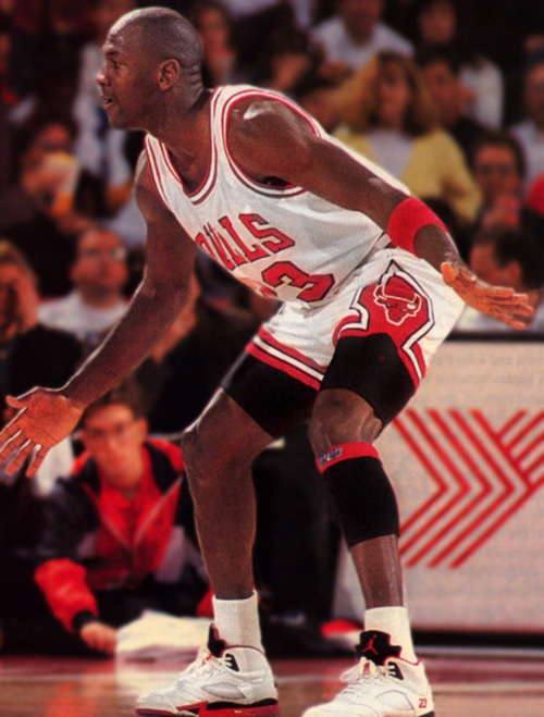 michael jordan s stellar life Relive michael jordan's first game with and his steals tended to compensate for his less than stellar straight-up grew a life of its own over.