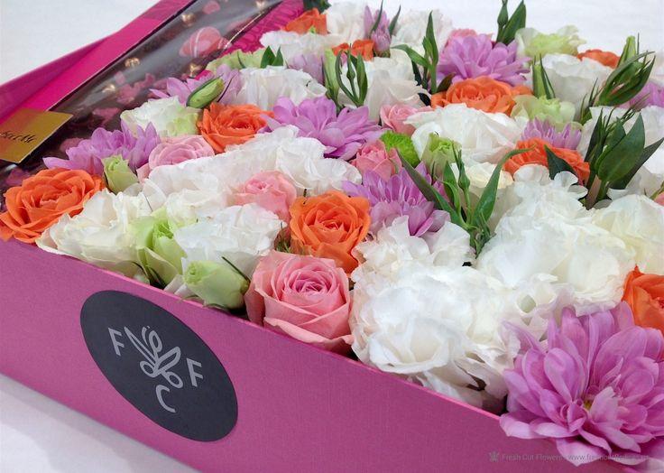 Цветы и шоколад.