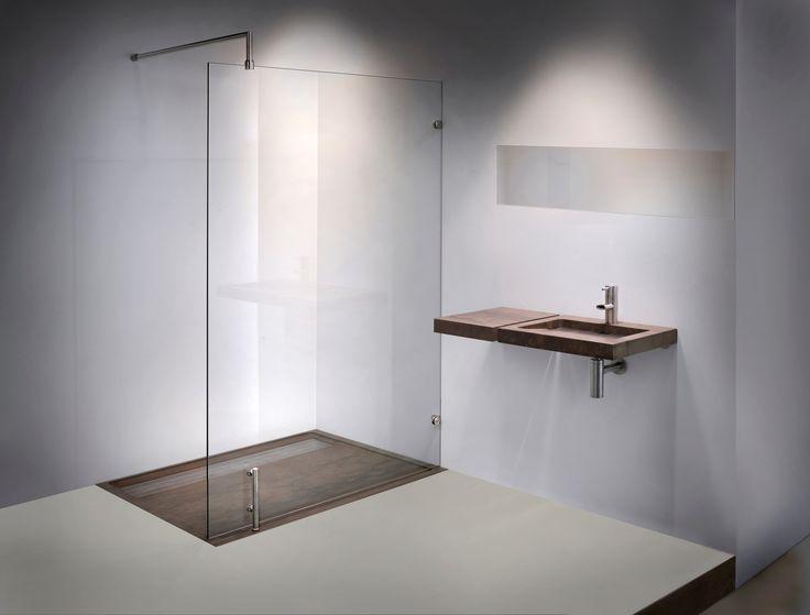 Walk-in shower Freedom model 9590 | Balance Bathroom