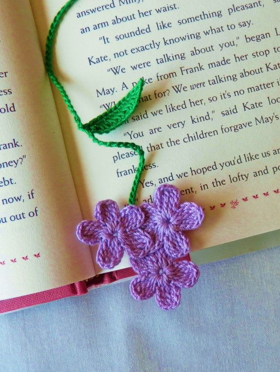 Handarbeit häkeln lila Blüten Bookmark Lesezeichen von shina