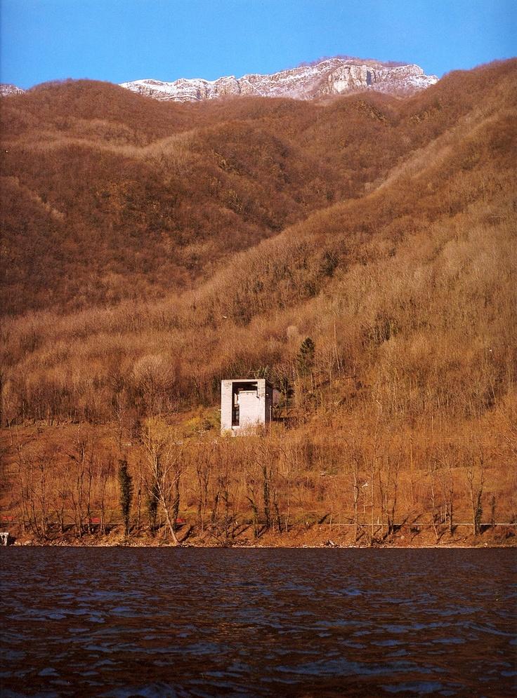 Mario Botta, Casa Bianchi. Riva San Vitale, Ticino, Switzerland (1971-1973).