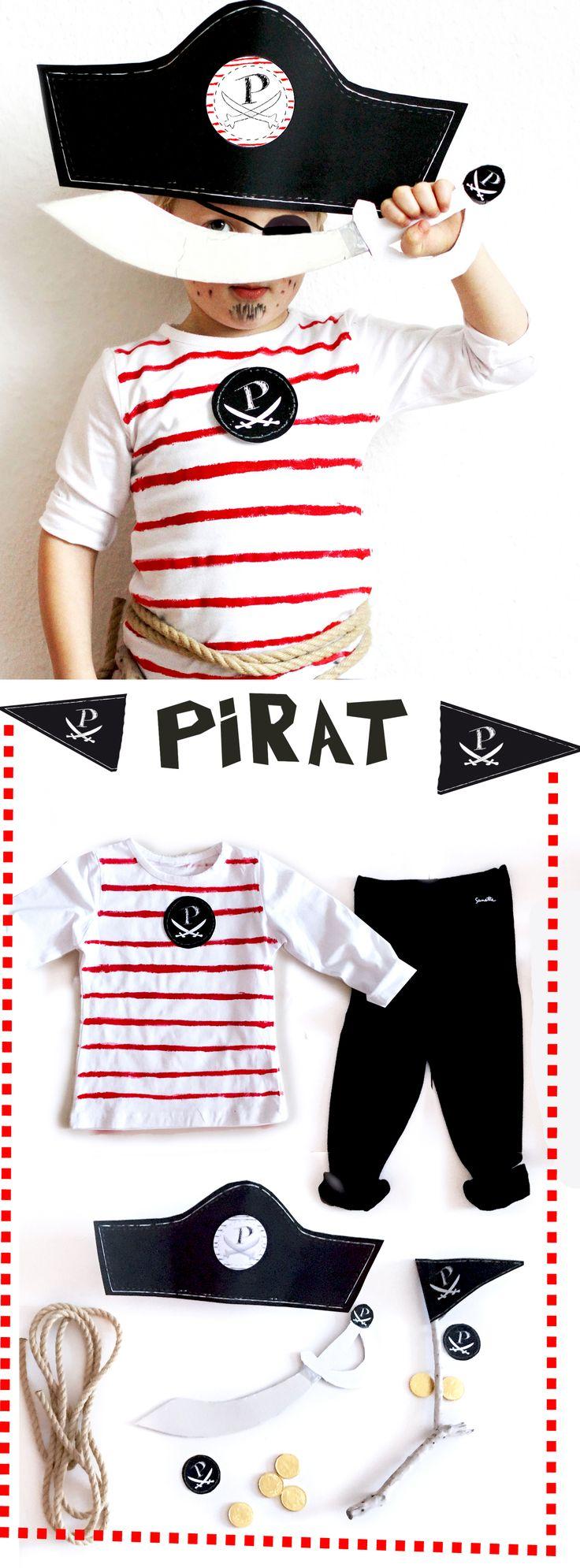 Kostüm Pirat: diese Verkleidung könnt ihr ganz einfach selber basteln. Anleitung und free printable zum kostenlosen download für den Hut, Schwert, Fahne und Emblem sowie Ideen für Augenklappe und Schminke. Perfekt nicht nur zum Karneval oder Fasching - auch für die Piratenparty oder Piratengeburstag für Jungen und Mächen -  verstellbarer Piratenhut - nicht nur für Kinder - auch für Frauen und Männer! Cool Pirate! DIY Costume for your pirate party, carneval or Birthday! visit  FAMILICIOUS.de