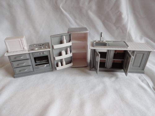 Seven-Towns-Kitchen-Dollhouse-Furinture