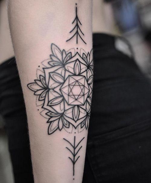 Best 25+ Geometric mandala tattoo ideas on Pinterest