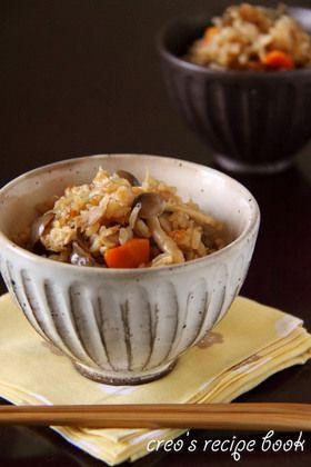 ushroom takikomi gohan きのこたっぷり☆我が家の炊き込みご飯 (shimeji mushroom, enoko mushroom, maetake mushroom, carrot, tuna)