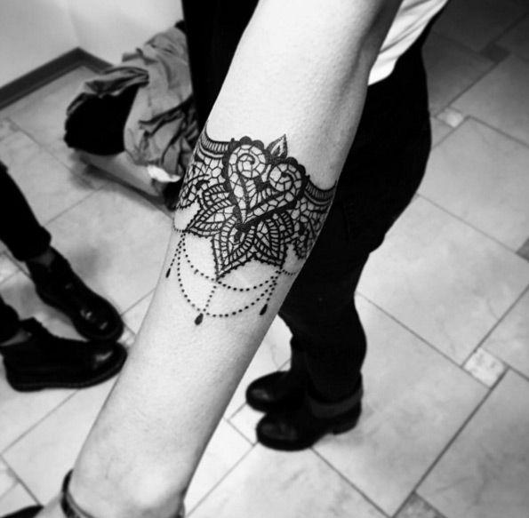 Bracelet Tattoo by Alex