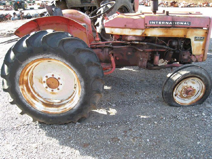 this tractor has been dismantled for international 424. Black Bedroom Furniture Sets. Home Design Ideas