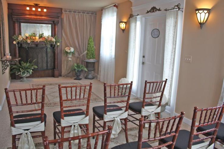 Affordable small wedding chapel in michigan elope on short