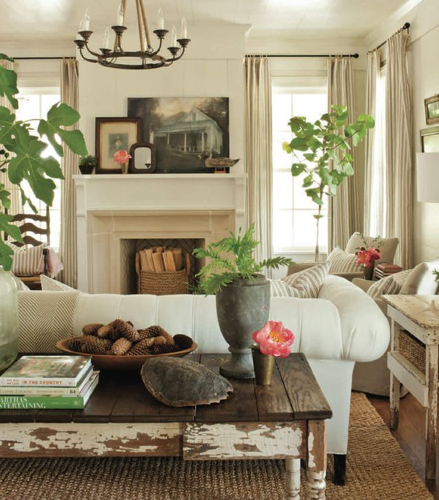 41 Inexpensive Cottage Style Living Room Furniture From: Southern Living Home Interior Decorating