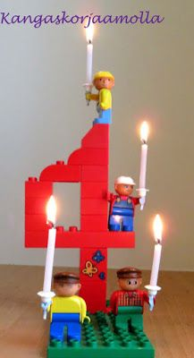 Lego teemasynttärit, numero legoista, pöytäkoriste, lasten synttärit Table centerpiece made from Legos, children birthdayparty, Lego theme https://kangaskorjaamolla.blogspot.fi/2017/02/tyokaluvyo-ja-lego-synttarit.html
