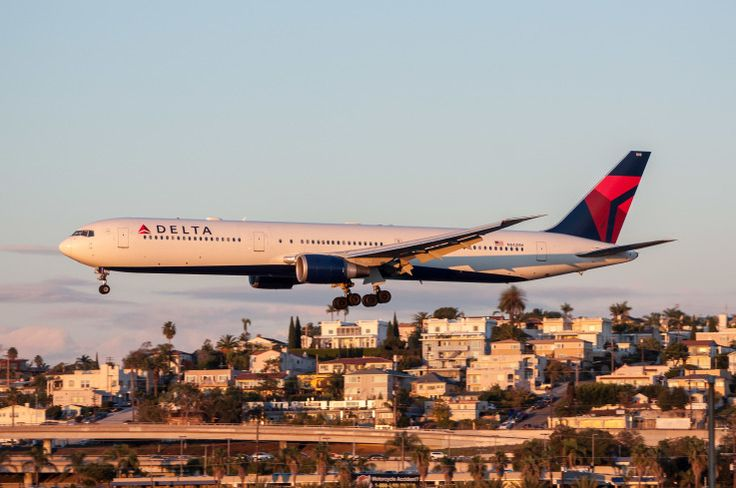 Delta operated a daily 767-400ER between ATL and SAN for about a month in Dec. and Jan. N842MH is pictured on Jan. 14, 2017 just before the service switched to a 767-300ER.
