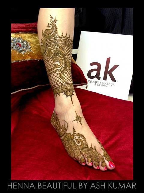 HENNA BEAUTIFUL BY ASH KUMAR....The most stunning designs created by Ash Kumar! Click it, Share it, Like it....we want you to feel our love and be inspired. The AK Team is dedicated to give you the Ash Kumar Experience. www.ashkumar.com
