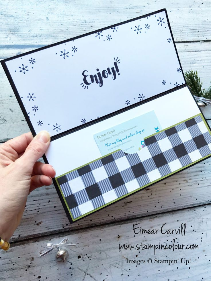 Eimear Carvill www.stampincolour.com Step into Christmas with the Stampin' Creative crew. Using the Tags and Trimmings bundle and Merry Little Christmas to make a fun gift card holder/money wallet #stampinupuk #handmadechristmas #handmadecardsandgifts