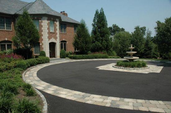 Driveway pattern designs driveway designs decorating for Circular driveway layout