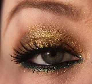 Teal and Gold: Fall Eye, Eye Makeup, Green Accent, Eye Shadows, Beautiful, Fall Makeup, Green Eyes Makeup, Green And Gold, Gold Eyeshadows