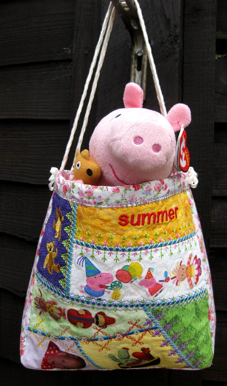 Summers bag and peppa pig was made with  left overs from the peek a boo quilt.