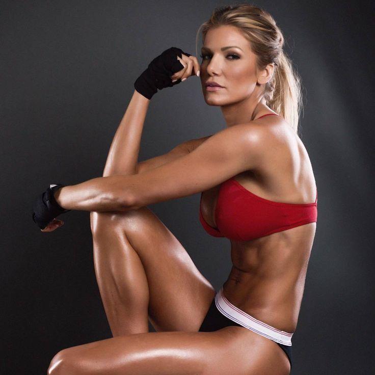 самые красивые фитнес модели фото монс посадили под