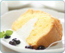 A tasty gluten-free vanilla chiffon cake recipe by CrohnsAndMe.com!
