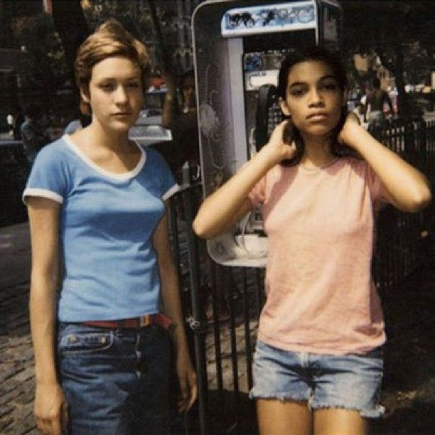 Kids A Shot Of Young Chlosevigny And Rosario Dawson -5798