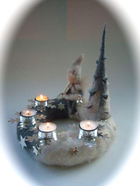 Adventskranz.Gefilzt.Elfe,Fee,filz.Waldorf. von Filz-Art. auf DaWanda.com