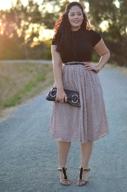 I rarely wear black in warm climates, but this mauve polkadot midi calls for major contrast in classic black and gold. Top: BCBG Bangles: Flea Market Find