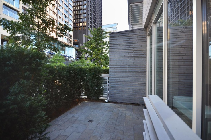 Townhouse 1153 W Cordova Street - Front (private patio) - JayMcInnes.com
