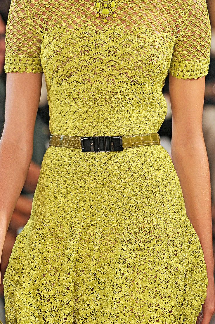 Oscar de la Renta short drop-waist bright yellow dress of thread crochet in four different stitch patterns. Source: Vogue.