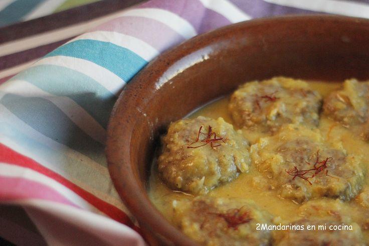 2Mandarinas en mi cocina: Filetes rusos en salsa