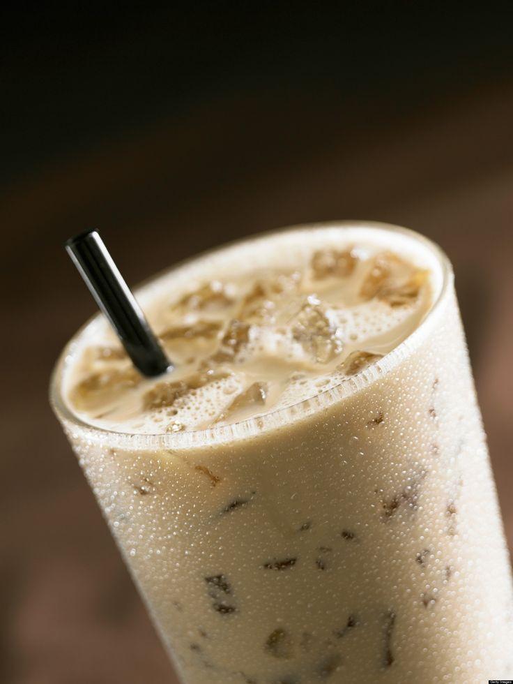 Iced Vanilla Latte Ingredients: 1 EsprestoSA espresso capsule, 1 Tbsp. vanilla syrup, 150ml cold 2% milk and 1.5 cups of ice.  Preparation: Pour vanilla syrup in glass, add espresso coffee, add cold milk and ice. Enjoy!