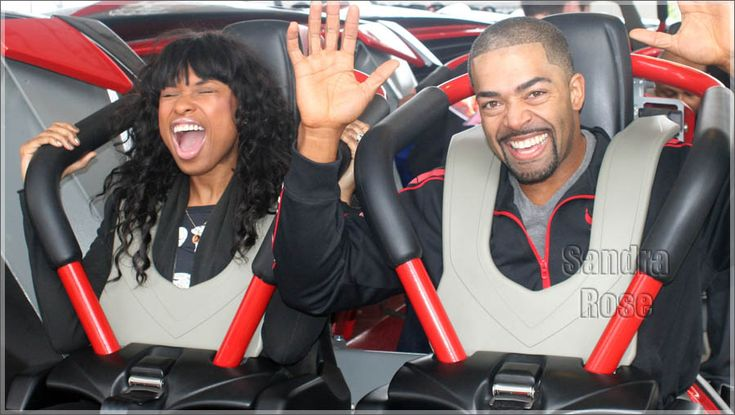 Jennifer Hudson & Fiancé David Otunga tried out new ride X Flight at Six Flags...must be really scary-;)