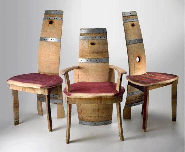 Originales sillas hechas con viejos toneles de vino ser n c modas reciclar reciclando - Sillas originales ...