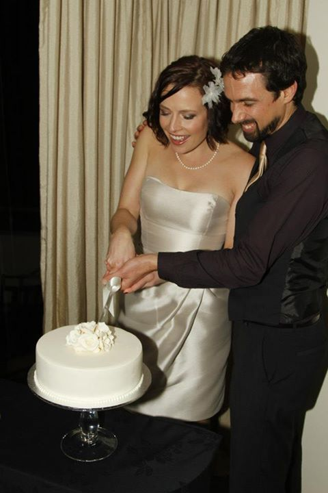Hap and Mandy cutting the cake at their NZ wedding ceremony.  The journey was just beginning!  www.lovinginlimbo.com