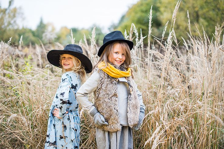 Girls Outfit: Lovely dresses, happy colours, soft materials #girs #dress #photosession #outfit #classygirls #classykid #lovely #sweet
