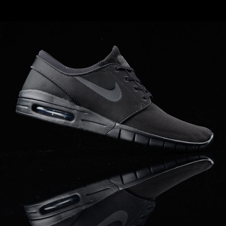 All black everything. #nike