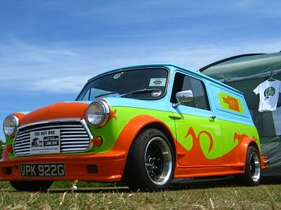 Old school mini Cooper mystery machine. Sweetest thing ever.