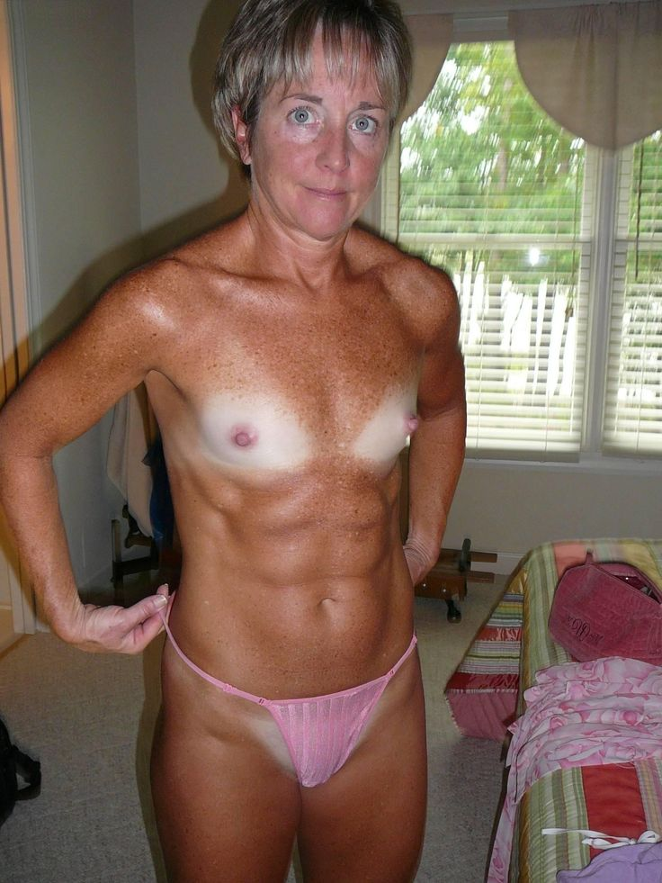 young mommy fuckers nude pics